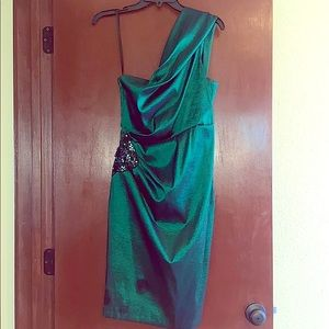 Xscape by Joanna Chen Emerald green cocktail dress